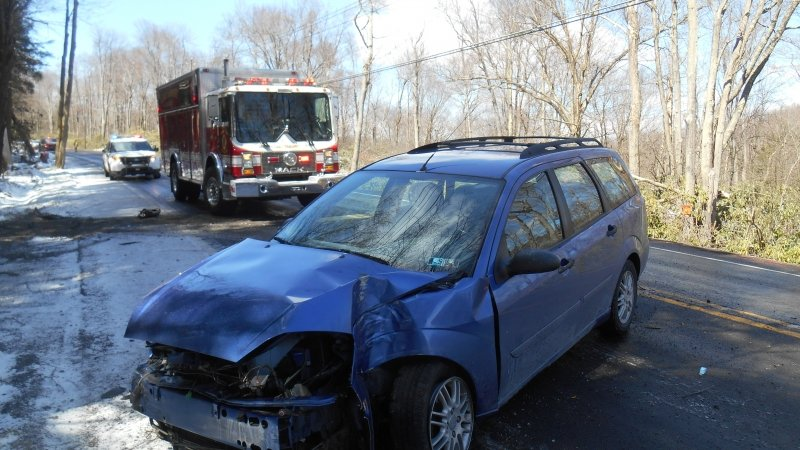 SINGLE VEHICLE CRASH ON ROUTE 903