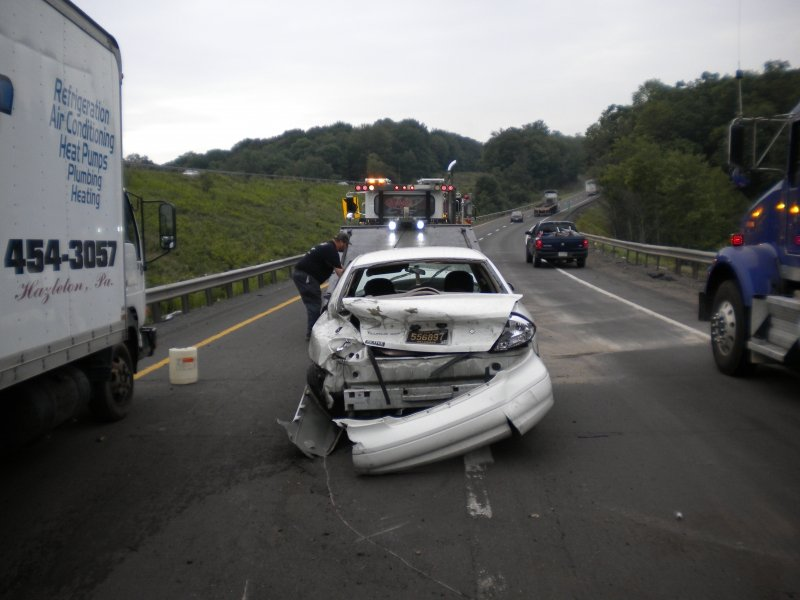 SINGLE VEHICLE CRASH IN INTERSTATE 80