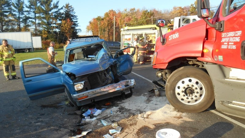 TRACTOR TRAILER VERSES CAR CRASH IS UPGRADED TO EXTRICATION