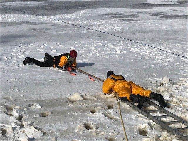 ICE RESCUE TRAINING AT LAKE HARMONY FIRE COMPANY